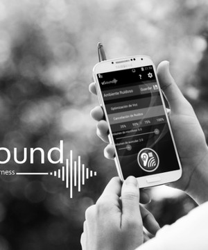 A woman using uSound